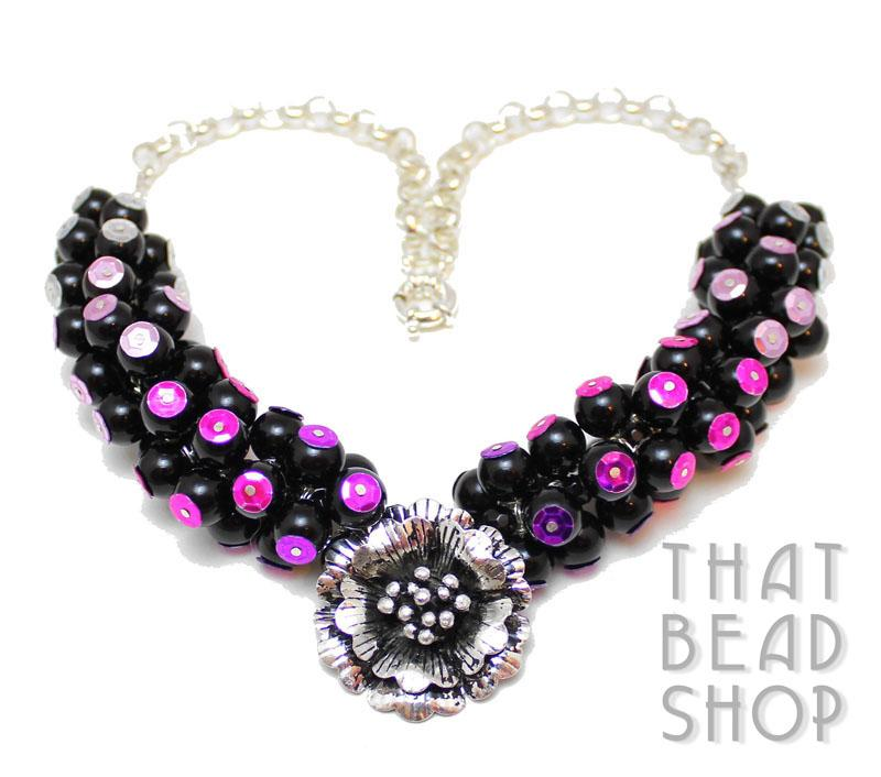 Sequence of Sequins Necklace